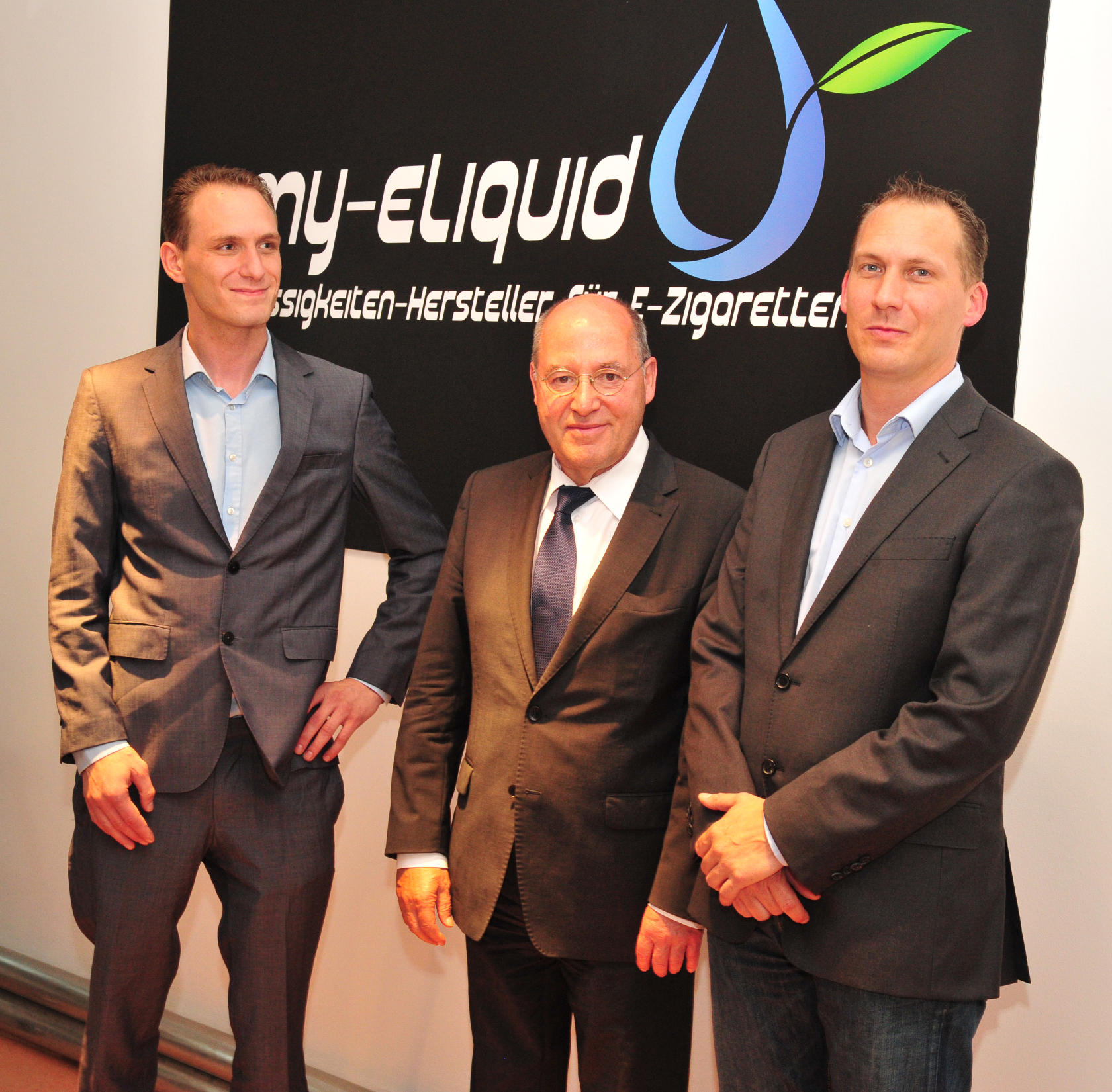 Gregor Gysi visits my-eliquid e-cigarettes News